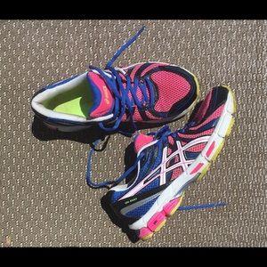 ASICS Women's Running Shoe/ Size 8
